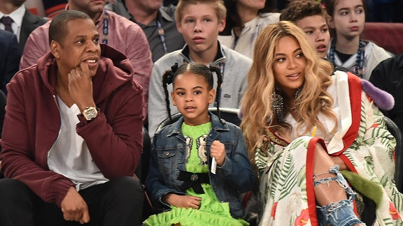 Beyoncé, Jay-Z und Blue Ivy Carter @ Smoothy King Center, New Orleans
