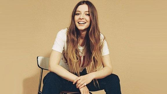Jade Bird, britische Sängerin aus Süd-London