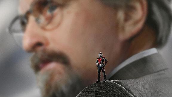"""Ant-Man and the Wasp"", Plakatausschnitt mit Michael Douglas"