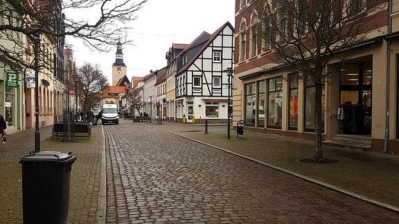Straße in Gardelegen mit Blick zur Kirche