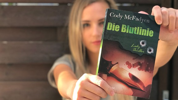 """Emily empfiehlt den Thriller """"Die Blutlinie"""" von Cody McFadyen"""