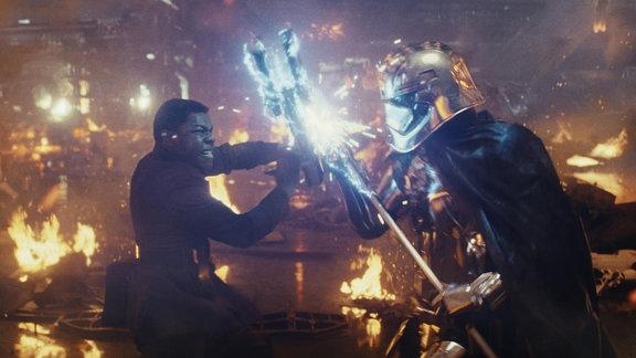 Star Wars: Episode VIII - Die letzten Jedi, Kampfszene mit John Boyega