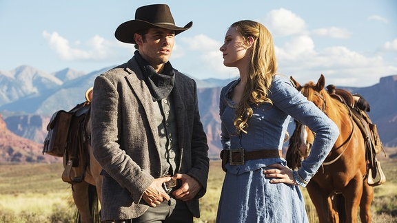 Filmszene aus Westworld (Eva Rachel Wood und James Marsden)