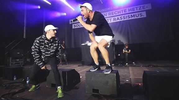 Casper (re.) und Marteria auf der Bühne, Chemnitz #wirsindmehr